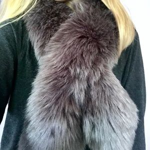 NWOT Ann Taylor furry brown scarf